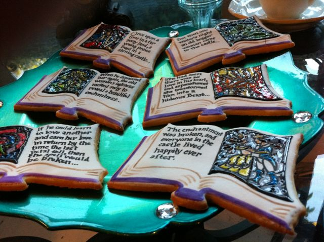 Closeup of the Beauty & the Beast Bookookies