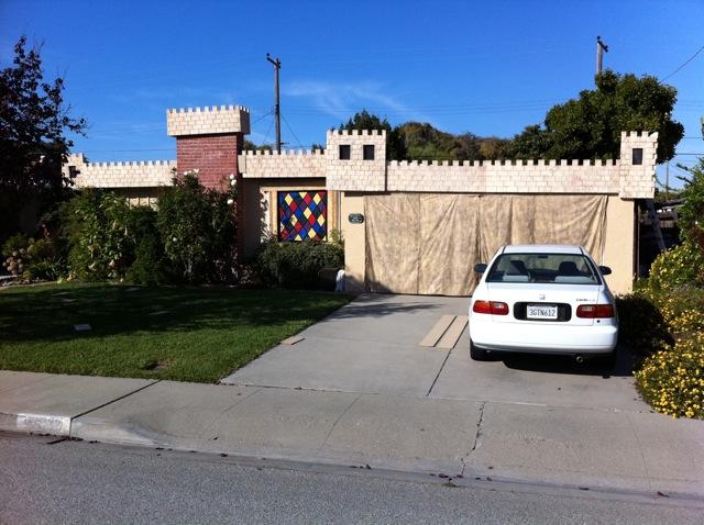 Castle Brittahytta complete street view