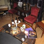 Thrones and Coffeetable in the Undead Room