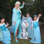 Olaf and Four Elsas with Ice Hands! (by Natasha)