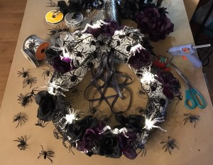 making my Eerily Elegant Victorian spider wreath