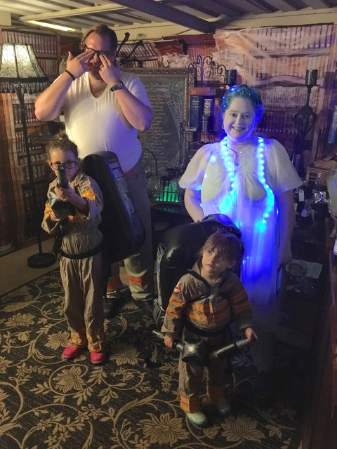 Ultimate Costume Ghostbusters Family with glowing Ectoplasm Experiments